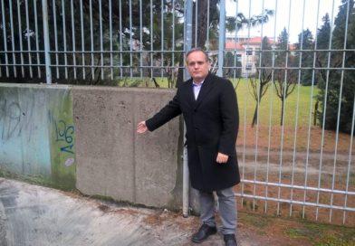 Muri puliti grazie all'impegno costante del sindaco